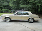 1986 Lincoln Continental Standard Lincoln for $4200 dollars