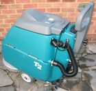 Tennant T2 Commercial Walk Behind Floor Scrubber Dryer (24volts Battery-Powered)