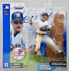 2014 McFarlane MLB Derek Jeter Commemorative Figure Two-Pack 11