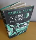 1963 PATRICK MOORE FIRST EDITION INVADER FROM SPACE ASTRONOMY SCI FI ASTRONOMER