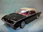 1 18 SCALE DIECAST 1962 FORD THUNDERBIRD CABRIOLET IN BLACK WHITE TOP BY WELLY