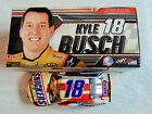 KYLE BUSCH HAND SIGNED 2018 SNICKERS ALMOND NASCAR 1 24 DIECAST CAR
