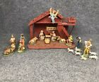 Vintage 20 Piece Nativity Set With Wooden Stable And Made in Italy In EUC