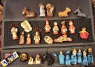 VINTAGE MEXICAN HAND PAINTED NATIVITY SCENE IN LOVELY DETAIL FOLK ARTMixed lot