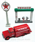 Classic Metal Works 1960 Ford Texaco Tanker w/Gas Pump Island Sign 1/87 HO 40002