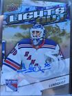 2018-19 Overtime Lights Out auto Henrik Lundqvist New York Rangers 3