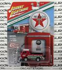 Johnny Lightning 1:64 2018 Hobby Exclusive Texaco DODGE A100 A-100 Pickup Truck