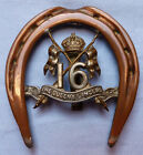 UNIQUE WW1 BRITISH ARMY 16TH LANCERS TRENCH ART HORSESHOE AND BADGE