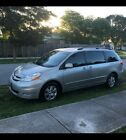 2009 Toyota Sienna XLE Honda for $8500 dollars