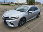 2018 Toyota Camry SE Sedan for $16500 dollars