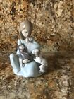 LLADRO IN MINT CONDITION GIRL WITH CAT AND DOG    #5640-CAT NAP