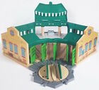 THOMAS WOODEN RAILWAY Fisher Price TIDMOUTH SHEDS and TURNTABLE