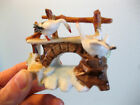 VINTAGE PORCELAIN CERAMIC CANADA SNOW GEESE FENCE FIGURINE STAMP 6024 goose