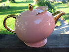 VINTAGE ELLGREAVE BURSLEM ENGLAND ART DECO STYLE TEA POT PALE PEACHY/PINK GOLD
