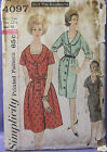 VINTAGE SIMPLICITY WOMENS SZ DRESS PATTERN 4097 TWO STYLE SKIRT SZ 22.5 BUST 43