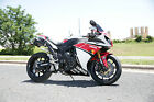Yamaha: YZF-R Yamaha YZF-R1 only 86 miles! $16,000 in upgrades, Signed by J. Leno and