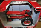 1/16 IH international Harvester Farmall 460 tractor w/ narrow front, Ertl in box