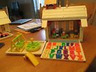 Vintage Fisher Price Little People Play Family School House  923 COMPLETE