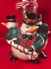 FITZ & FLOYD CHRISTMAS PENGUINS CANDLE HOLDER Snow Business Pattern Pillar