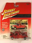 Johnny Lightning Ford F 450 CLARKS SERVICE Tow Truck Red Die cast 1 64 Scale