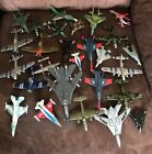 Lot of 27 Used Toy Metal Die cast Airplanes Military Jets Planes Mostly Maisto
