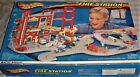VINTAGE 2001 Hot Wheels Play 3 Alarm Fire Station Set New In Box