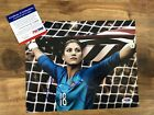 Hope Solo Cards, Rookie Cards and Autograph Memorabilia Buying Guide 26