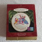 New 1997 Hallmark Ornament – Gift of Friendship Collectors Plate Winnie the Pooh