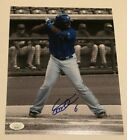 Vladimir Guerrero Rookie Cards and Autographed Memorabilia Guide 33