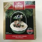 HALLMARK KEEPSAKE MAGIC LIGHT MOTION ORNAMENT FOREST FROLICS 1991 W/BOX