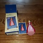 Hallmark Ornament 2002 Nostalgic Barbie Sophisticated Lady 9th in Series