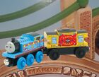 2011 WOODEN RAILWAY ~ BIRTHDAY THOMAS AND MUSICAL CABOOSE ~ LC98117