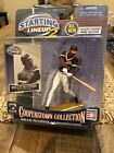 Starting Lineup 2 Hasbro Cooperstown Collection Willie McCovey Giants 2001