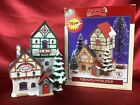 Lemax Santa's Wonderland Christmas Village Inn Porcelain Lighted House.   #55172