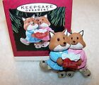 HALLMARK KEEPSAKE CHRISTMAS ORNAMENT 1993 MOM AND DAD FOX ANIMALS SANTA GIFTS LI