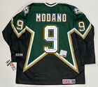 Mike Modano Cards, Rookie Cards and Autographed Memorabilia Guide 54
