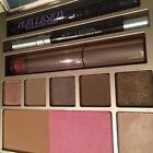 NIB Urban Decay Naked On The Run Makeup Kit Eyeshadow Blush Palette Limited