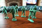 VINTAGE LOT OF 6 GREEN FIGURES PLASTIC TOY SOLDIERS