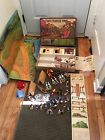 VINTAGE TIMPO TOYS WILD WEST TOWN BUILDINGS INDIANS CANOE STAGECOACH BOXED RARE