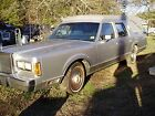 1986 Lincoln Hearse  1986 below $800 dollars