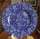 (1) CALICO CHURCHILL DINNER PLATE BLUE AND WHITE EUC!