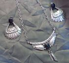 VINTAGE RUNNING BEAR NATIVE AMERICAN STERLING SILVER BLACK ONYX FEATHER SET