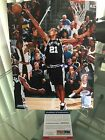 Tim Duncan Rookie Cards and Autograph Memorabilia Guide  50