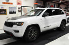 2017 Jeep Grand Cherokee GRAND CHEROKEE TRAILHAWK 4WD AIR SUSPENSION NAV 18K MILES CLEAN CARFAX TRAILHAWK AIR SUSPENSION MOONROOF GPS LOCKING DIF LEATHER