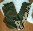Miss Me Vintage olive green embroidered jeans Sz 6 EUC