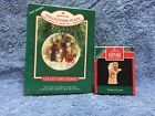 Hallmark Collector's Plate Light Shines at Christmas 1987, Visions of Acorns 92