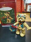 HALLMARK COLLECTIBLE KEEPSAKE BEAR CHRISTMAS ORNAMENT 2001 GIFT BEARERS
