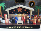 Fao Schwarz Nativity Set Traditional Wooden 15 Piece Set Christmas Baby Jesus
