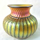 LUNDBERG STUDIOS 1999 SIGN GOLD IRIDESCENT AURENE ART GLASS VASE 5 1 8H CONTEMP
