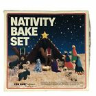 Vintage Nativity Scene Bake Set Metal Cookie Cutters Original Box Fox Run Crafts